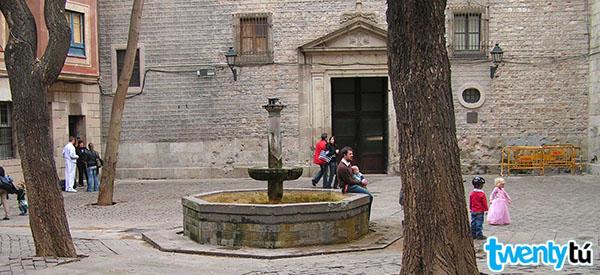 Plaça Felip Neri - Twentytu