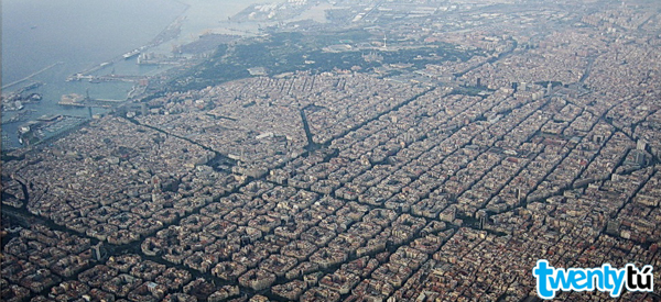Books about barcelona: eixample