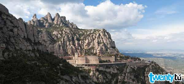 Montserrat Twentytu hostel