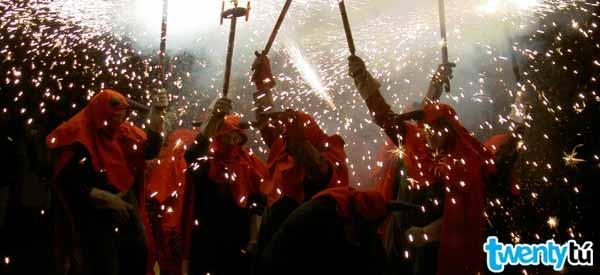 Evils Gracia festivities Hostel Twentytu