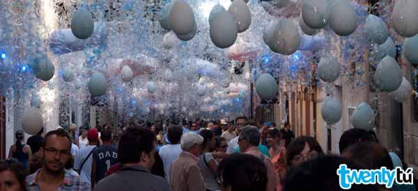 Streets of Gracia Festivities Hostel Twentytu